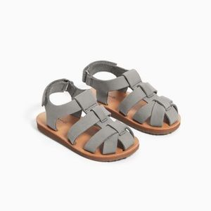 New Leather cage sandals